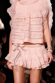 ❦ voguesurvenus:  SPRING 2014 READY-TO-WEAR Isabel Marant