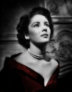 """( CELEBRITY 2016 ★ IN MEMORY OF ★ † ELIZABETH TAYLOR...BLACK & WHITE with HUES. ) ★ † Elizabeth Rosemond Taylor - Saturday, February 27, 1932 - 5' 2"""" - Hampstead, London, England, UK. Died: Wednesday, March 23, 2011 (aged of 79) - Los Angeles, California, USA. Cause of death; (congestive heart failure)."""