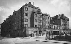 "Theiss & Jaksch - ""Quarin-Hof"", Quarinplatz 10-12 (od dvojice architektov je v Bratislave kostol v Prievoze) Vienna, Portal, Multi Story Building, Art Deco, History, Historia, Art Decor"