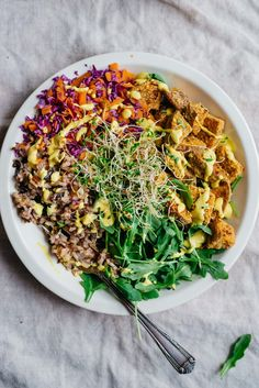 crunchy crusted sweet potato lunch bowl w/ golden dressing