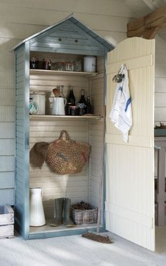 27 Unique Small Storage Shed Ideas for your Garden Storage