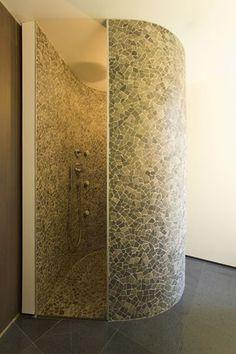 Round shower, mozaik