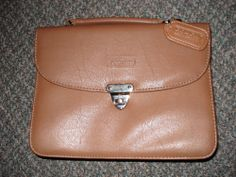 Vintage COACH Leatherware Purse Brown Leather - Used very little