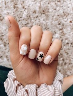 ▷ 1001 + ideas for cute nail designs you can rock this summer nude nail polish, black and white stars, nail color ideas, blurred background Aycrlic Nails, Star Nails, Fun Nails, Pretty Nails, Coffin Nails, Stiletto Nails, Simple Acrylic Nails, Best Acrylic Nails, Summer Acrylic Nails