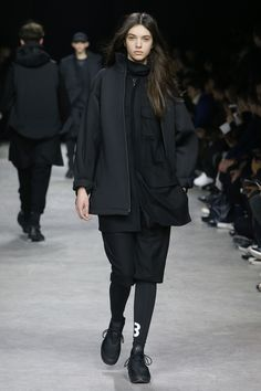 http://www.vogue.com/fashion-shows/fall-2017-menswear/y-3/slideshow/collection