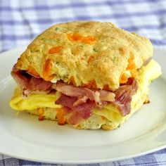 Cheddar and Chive Buttermilk Biscuits make fantastic breakfast sandwiches.. Look soooo good!