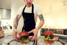 We love the 30's NYC vibe @ The Butcher Amsterdam on the Albert Cuyp. They serve some of the tastiest burgers in town. Personal favorite: The Butcher With Cheese. #greetingsfromnl