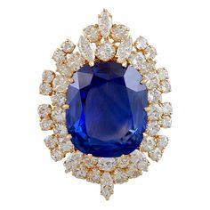 1stdibs | VAN CLEEF & ARPELS Natural Ceylon Sapphire & Diamond Brooch