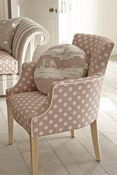 Pretty Maids - Tub Chair