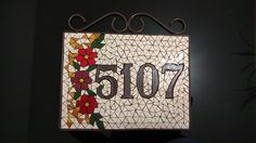 Número mosaicobrazil. House Numbers, Mosaics, Markers, Home Decor, Licence Plates, Craft, Home, Mosaic Art, Projects