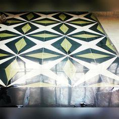 Mosaico de pasta modelo destellos, ideal para el recubrimiento de espacios interiores y exteriores. Terrazo, Interior Exterior, Pasta, Contemporary, Rugs, Home Decor, Mosaics, Farmhouse Rugs