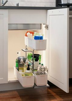 13 Waschbecken für Badezimmer und Küchen Easy Under Sink Storag …. Organisation Hacks, Under Sink Organization, Under Sink Storage, Sink Organizer, Bathroom Organisation, Bathroom Storage, Kitchen Organization, Kitchen Storage, Kitchen Organizers