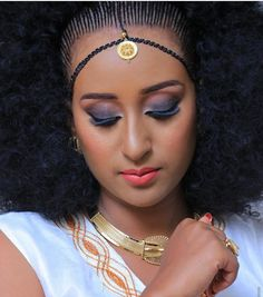 Ethiopia is one African country with a very beautiful culture and tradition and their women are showing it all off in their beautiful braid hairstyles called , Ethiopian Braids, Ethiopian Dress, African Beauty, African Fashion, Ethiopian Beauty, Beautiful Braids, Braided Hairstyles, Culture, Queen
