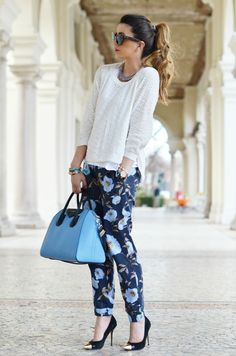 """pantalon """"jogging"""" outfit - Love the look! I can wear this to work or wknd with fam."""
