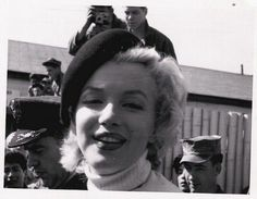 Hello and Welcome to the Marilyn Monroe Fan Site. Take a peek through the fine collection of Marilyn Monroe videos, photographs and gifs. Marilyn Monroe Hair, Marilyn Monroe Costume, Norma Jean Marilyn Monroe, Marilyn Monroe Quotes, Joe Dimaggio, Gentlemen Prefer Blondes, Edward Weston, Fukuoka, Old Hollywood Stars