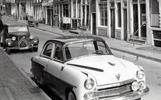 1950's. In the foreground a 1956 Vauxhall Cresta and in the background a 1948-1952 Citroën Traction 11 Sport (BL) (PG-63-56) parked on the Binnen Brouwersstraat  in Amsterdam. Photo Stadsarchief Amsterdam. #amsterdam #1950