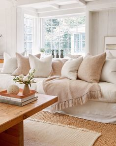 room setup room layout ideas for small living room modern living room living room room set modern living room living room decor Design Living Room, Home Living Room, Living Room Decor, Living Room Neutral, Neutral Living Room Furniture, Cozy Living Room Warm, Neutral Sofa, Barn Living, Comfortable Living Rooms