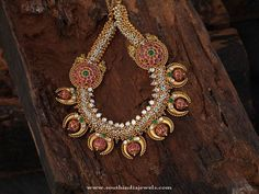 Antique Kemp Jewellery Necklace Designs, Gold Antique Ruby Kemp Necklace, Antique Kemp Jewellery Designs, Indian Antique Kemp Jewellery Collections.