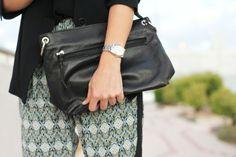 """""""Mon Brilier"""" con bolso de @PAULA FRANCO BAGS y pantalones de Dándara, un look ideal para cualquier ocasión Bags, Fashion, Pants, Handbags, Moda, Fashion Styles, Taschen, Fasion, Purse"""