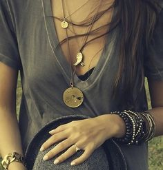 Layering jewellery with a deep neck tee  * for more fashion inspiration, visit www.bellamumma.com