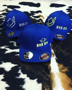 """Represent all that is country ! Flexfit Royal Blues $30.95 at www.nodbig.com #caps #apparel #ranchlife #countrystyle #rodeo #get #instock @jennijackson50…"""