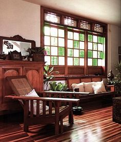 The window has green and white colors and it is alternative so the windows have a alternation rhythm Filipino Architecture, Philippine Architecture, Modern Filipino Interior, Contemporary Interior, Interior Architecture, Interior And Exterior, Historical Architecture, Filipino House, Philippine Houses