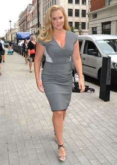 Amy Schumer Squeezes Her Curves into Figure-Hugging Monochrome Dress and Narciso Rodriguez Sandals Girl Celebrities, Beautiful Celebrities, Celebs, Beautiful Ladies, Amy Schumer Legs, Curvy Women Outfits, Clothes For Women, Amy Shumer, Celebrity Pictures