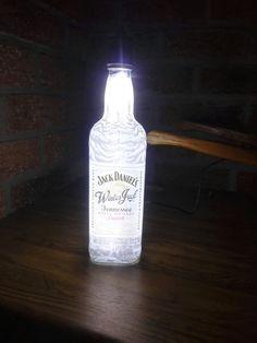 Jack Daniel's Winter light Lampe Jack Daniels, Winter Light, Vodka Bottle