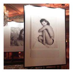 Kate Moss en Mario Sorrenti verenigd voor de nieuwste parfum van @calvinklein. Grazia is vanavond bij de lancering in Londen #ckobsessed  via GRAZIA HOLLAND MAGAZINE OFFICIAL INSTAGRAM - Fashion Campaigns  Haute Couture  Advertising  Editorial Photography  Magazine Cover Designs  Supermodels  Runway Models
