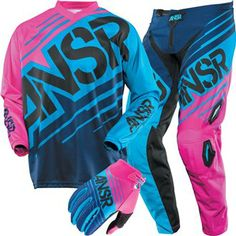 """Awesome """"atv riding"""" detail is offered on our web pages. Have a look and you will not be sorry you did. Dirt Bike Gear, Motocross Gear, Motorcycle Gear, Motocross Clothing, Motocross Girls, Dirt Biking, Bmx, Atv Riding, Riding Gear"""