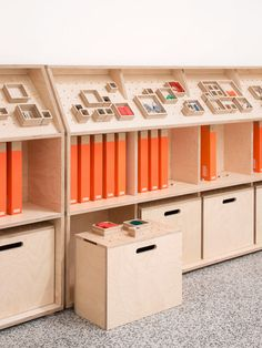 SHELVING FOR PROTOTYPE MATERIALS / Kano by Opendesk