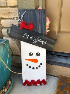 Fall Crafts, Diy Crafts, Custom Wooden Signs, Craft Kits For Kids, Diy Snowman, Scare Crow, Fall Signs, Christmas Decorations, Holiday Decor