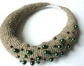 No sólo para la novia Natural lino Bagel collar con perlas de cristal verde oscuro