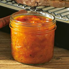 Aprikosen-Chutney mit Tomaten