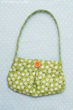 a4e5e56f90ec Little Girl Pleated Purse Tutorial by Stitched by Crystal and many other  FREE purse patterns!