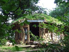 Low Impact Eco Tiny House - living in harmony with nature - natural building inspired by Native Americans