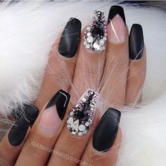 nails.quenalbertini: Nail art design by amourbeautylounge   Instagrin