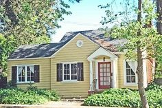 Napa Yellow House ~ Charming Wine Country Home (love the colors) I have always dreamed of yellow country home)