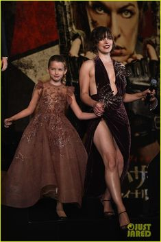 Milla Jovovich Brings Daughter Ever to 'Resident Evil' Tokyo Premiere!