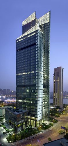 BEA Financial Tower, Shanghai, China by TFP Farrells Architects :: 42 floors, height 197m