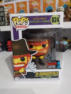 Evil Groundskeeper Willie [Fall Convention] NYCC Hot Topic Exclusive New York Comic-Con Box isn't mint, crease by face on front, discoloration on one corner on top Pop Evil, The Simpsons, Bobble Head, Hot Topic, Vinyl Figures, Funko Pop, Statues, Corner, Mint