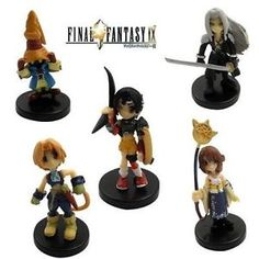 I want these cute little Final Fantasy people.