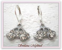 """Boucles d'oreilles """"Voiture"""" . Métal argenté : Boucles d'oreille par perles-et-couronnes"""
