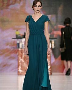 Ksenia Kneyazeva - Russia Fashion Week  #ConGuantesySombrero #fashion #look #designers #runaway #instagood