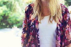 Comment coudre un Kimono en 1 heure DIY kimono hyper tendance Floral Fashion, Kimono Fashion, Diy Fashion, Fashion Beauty, Fashion Tips, Fashion Design, Diy Couture, Couture Sewing, Couture Tops
