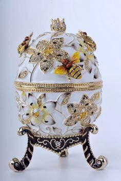 Big White Egg Trinket Box by Keren Kopal Faberge Egg Swarovski Crystal