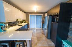 Qui a dit que les petits espaces ne pouvaient pas être jolis et fonctionnels ? Dit, Conference Room, Table, Design, Furniture, Home Decor, Small Space, Spaces, Kitchen Modern