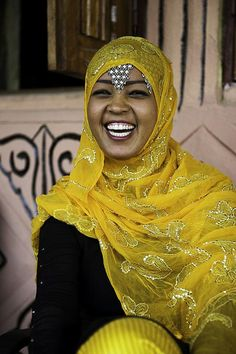 Harari girl. Ethiopia by courregesg, via Flickr