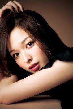 森絵梨佳 My Beauty, Asian Beauty, Beauty Women, Hair Beauty, Pretty Asian, Beautiful Asian Women, Petty Girl, Close Up, Asian Angels