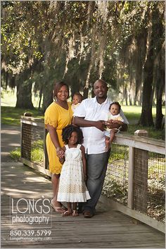 Family portraits by Tallahassee photographers Long's Photography www.longsphotography.com